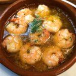 ピリッと辛いニンニクとオリーブの香り!スペイン人気料理「アヒジョ」